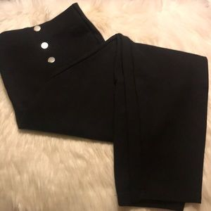 Forever 21 plus 3 button leggings